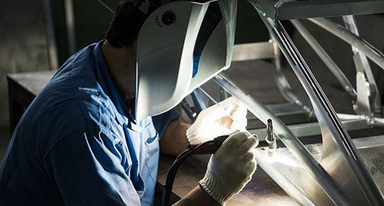 1点ものの治工具や装置機械の試作も承ります