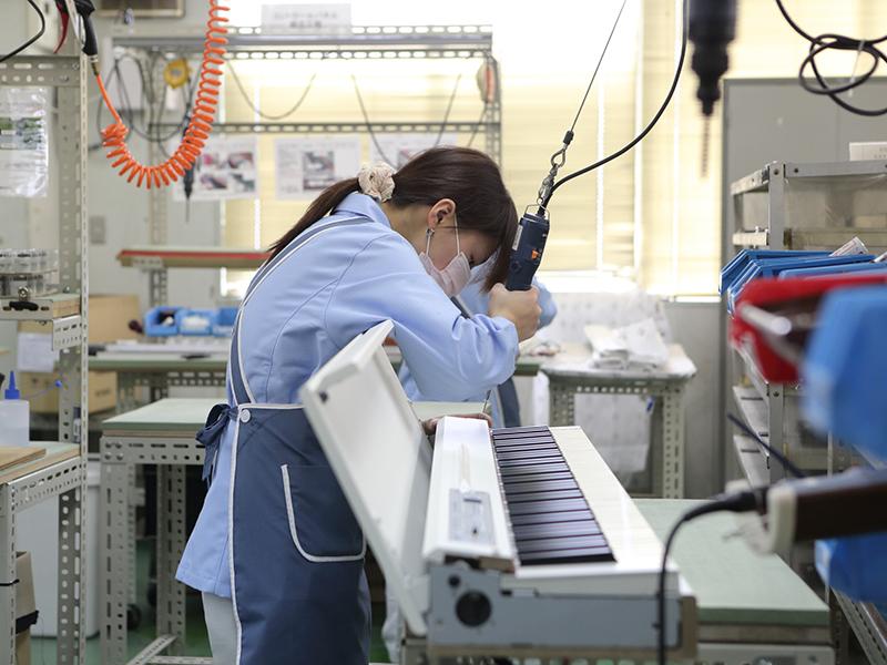 宇治電器工業株式会社のオススメ試作 - 電子楽器(電子ピアノ)の組立